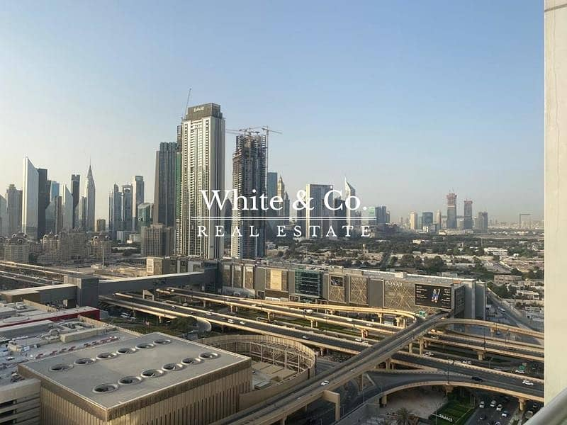 2 Burj Khalifa View / Fully Furnished / Vacant NOW