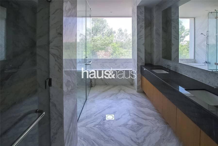 10 Custom Built | Contemporary | Earth Course