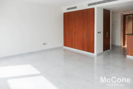 Studio for Rent in DIFC, Dubai - Spacious & Bright | Cozy Home | High Finish