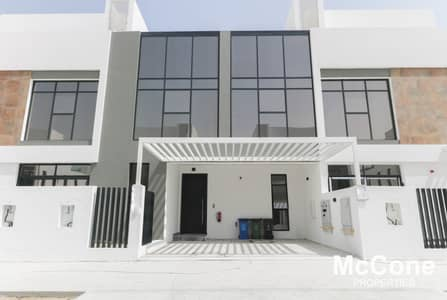 3 Bedroom Townhouse for Sale in Jumeirah Golf Estate, Dubai - Genuine Resale | Brand New | Garden Plaza View