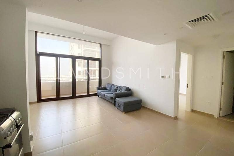 1 Bedroom Vacant Bright Large Semi Furnished Apt