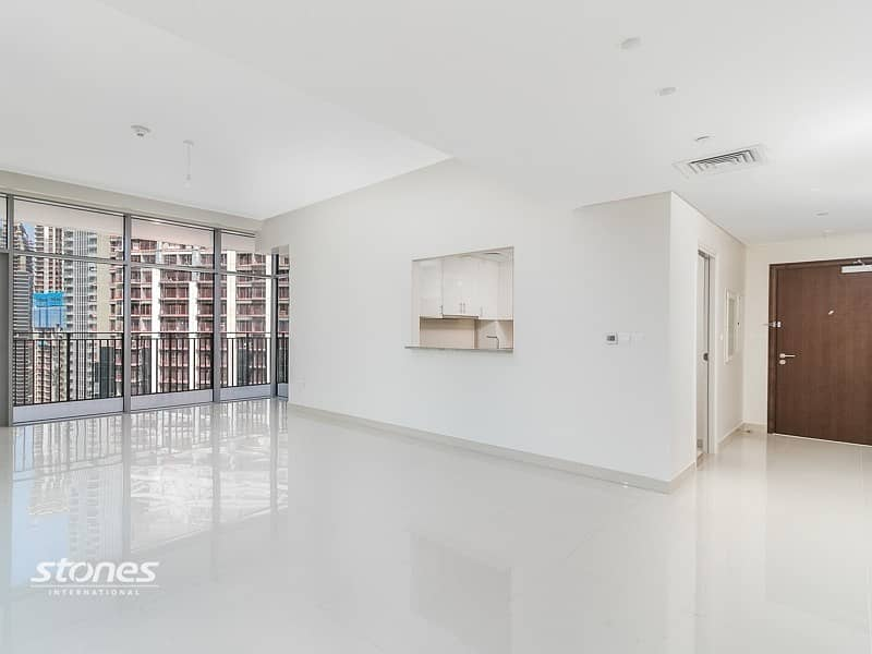 2 High Floor | Best layout | Boulevard and sea view