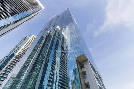 محل تجاري  للايجار في أبراج بحيرات الجميرا، دبي - Huge Shell & Core Retail Space | 4 Cheqs
