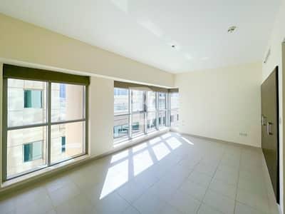 Studio for Rent in Downtown Dubai, Dubai - NEGOTIABLE | HUGE STUDIO | BEST PRICED