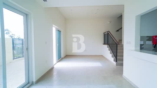 ON POOL & PARK !!! SINGLE ROW !!!! MOTIVATED SELLER !! MOVE IN APRIL