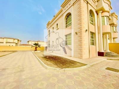 3 Bedroom Villa for Rent in Shab Al Ashkar, Al Ain - Perfect for family | Huge yard | Duplex villa
