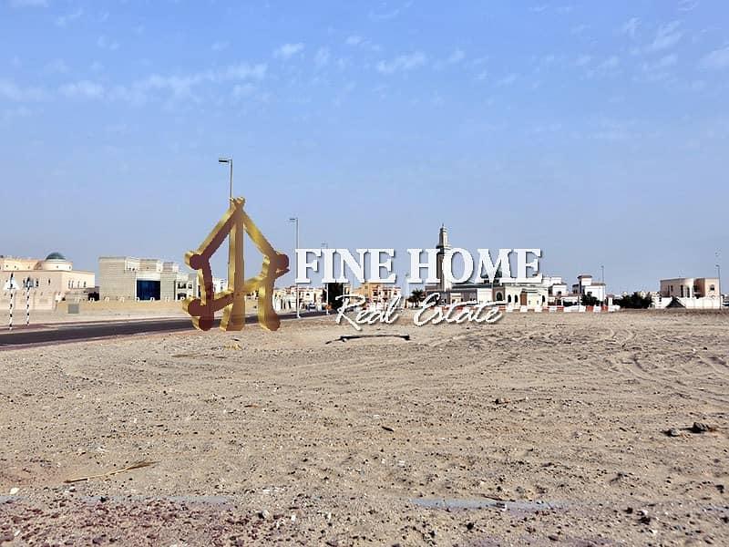 14 Residential Land   Plot Area : 15