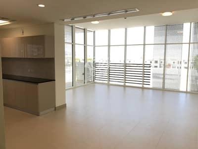 شقة 1 غرفة نوم للايجار في الطريق الشرقي، أبوظبي - Brand New | Balcony and Laundry Room