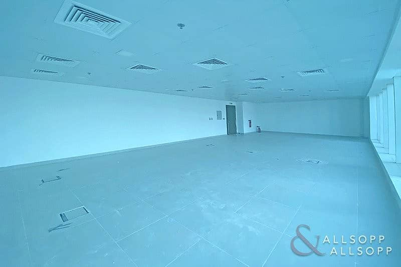 2 Open Space | Vacant Office | Close to Metro