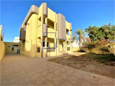 فیلا 5 غرف نوم للايجار في جميرا، دبي - INDEPENDENT CORNER VILLA ! DRIVER & MAID ROOM ! BIG GARDEN