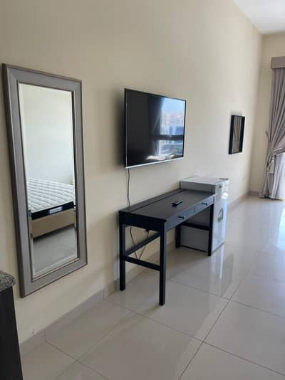 استوديو  للايجار في مويلح، الشارقة - شقة في الزاهية مويلح 35000 درهم - 5068261