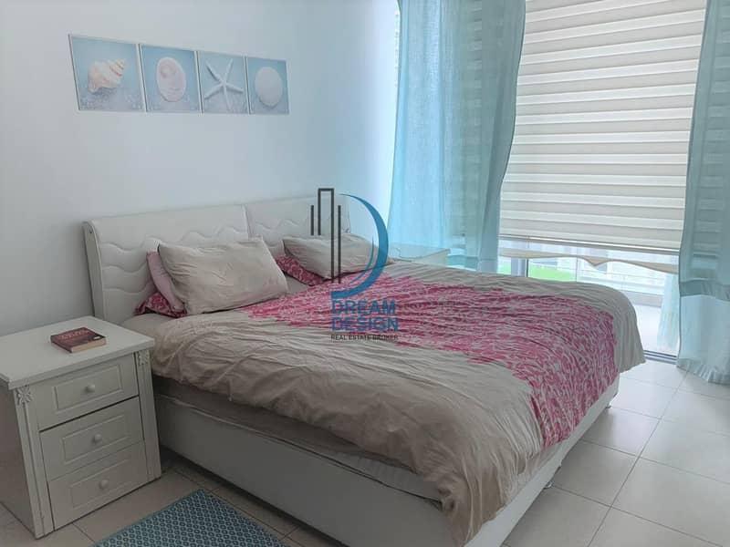 2 Spacious 2 Bedroom Hall I Fully equipped kitchen  I Burj khalifa street