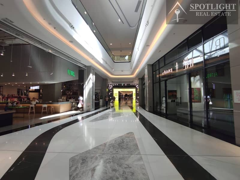 18 Fiited Semi furnished shop   for rent   DIFC   Park Towers