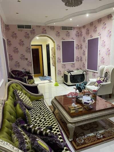 شقة 2 غرفة نوم للبيع في المجاز، الشارقة - للبيع شقة منطقة المجاز \الشارقة  برج النخلة 2
