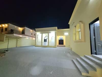 فیلا 6 غرف نوم للايجار في جنوب الشامخة، أبوظبي - جديد 6 غرفه فيلا لااليجار فى الشامخه جنوب