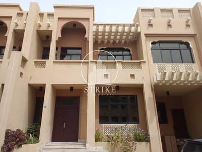 فيلا مجمع سكني 4 غرف نوم للايجار في البطين، أبوظبي - Spacious Entertainer In Quiet And Convenient Location