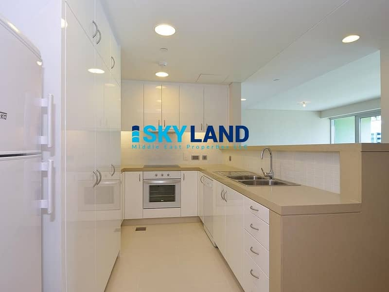 2 Luxurious Lifestyle ! Huge 2BR+Store+Laundry with Balcony !