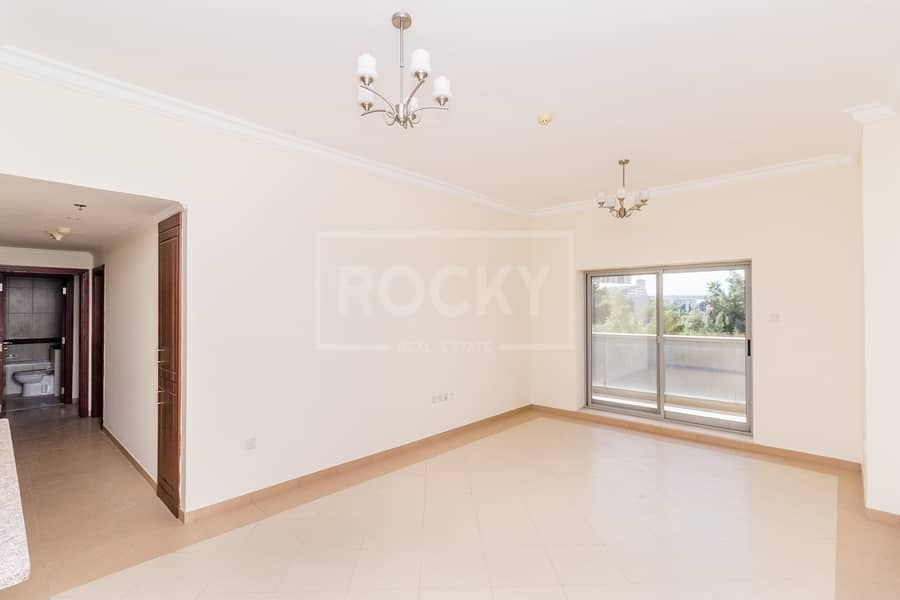13 Months   Spacious 2 Bed   Multiple Chqs   Close to Metro