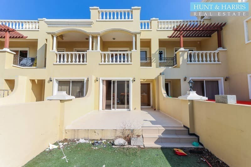 VACANT -  Townhouse near the Bayti Pool - Great Value
