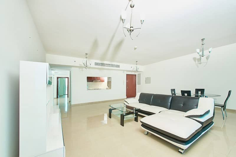 2 Vacant - Spacious Living - Amazing Sea View - Duplex