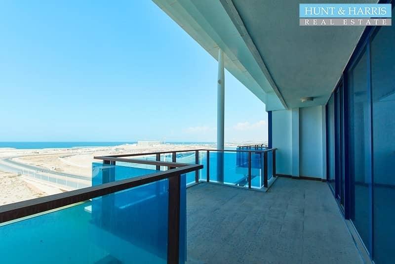 2 Bright Duplex - Stunning Sea Views