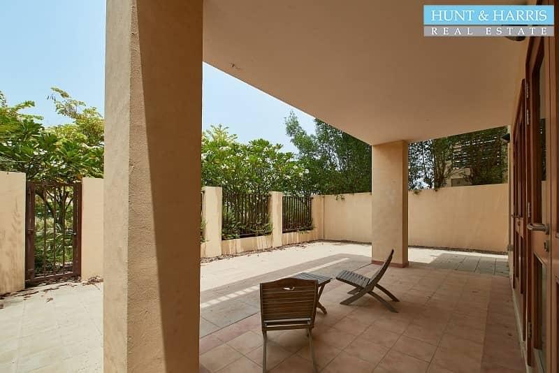 2 Walking distance to the pool - Vacant - Mina Al Arab
