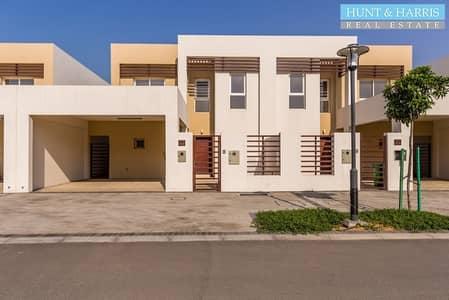 3 Bedroom Villa for Sale in Mina Al Arab, Ras Al Khaimah - Well maintained - Near the beach