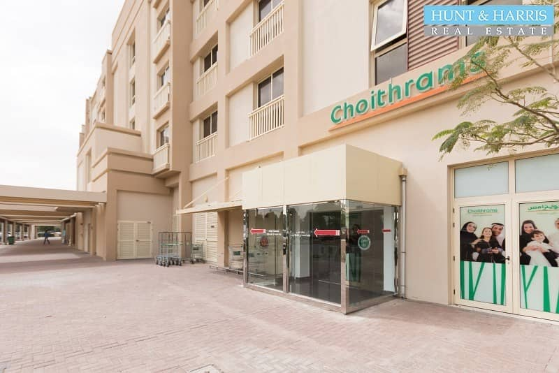 12 Attractive Deal - One Bedroom Apartment - Perfect lifestyle