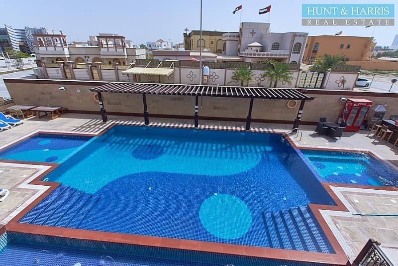 2 12 Cheques|Furnished Serviced Apartments | Next To Beach