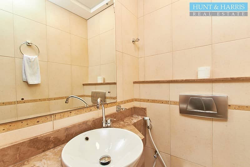 31 12 Cheques|Furnished Serviced Apartments | Next To Beach