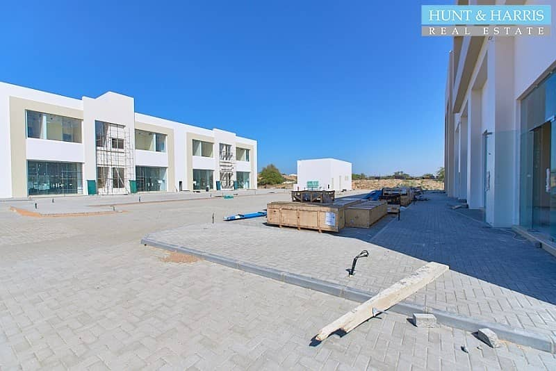 14 Last Unit Available - Facing Main Road - Fully Fitted