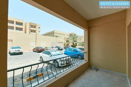 Studio for Sale in Al Hamra Village, Ras Al Khaimah - Ground Floor Studio - Ease of Access - Close to the Mall