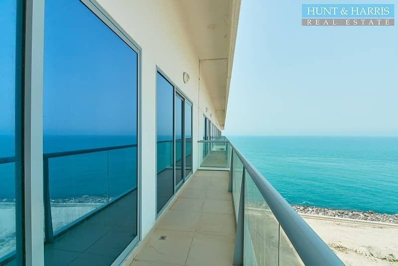 Full Sea View - Stunning Location - Well maintained