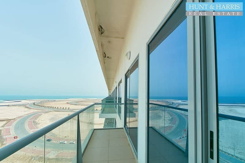 2 Full Sea View - Stunning Location - Well maintained