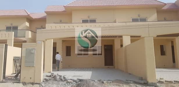 تاون هاوس 4 غرف نوم للبيع في دبي لاند، دبي - Luxury Town House SALE  4 BHK IN THE PALMAROSA DUBAI