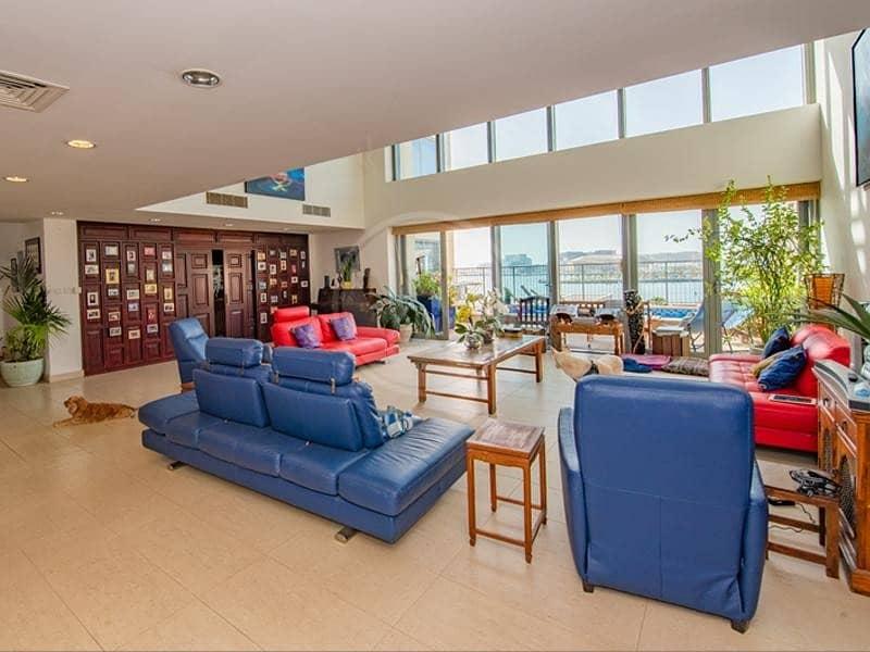 2 Beautiful sea view podium villa with private pool