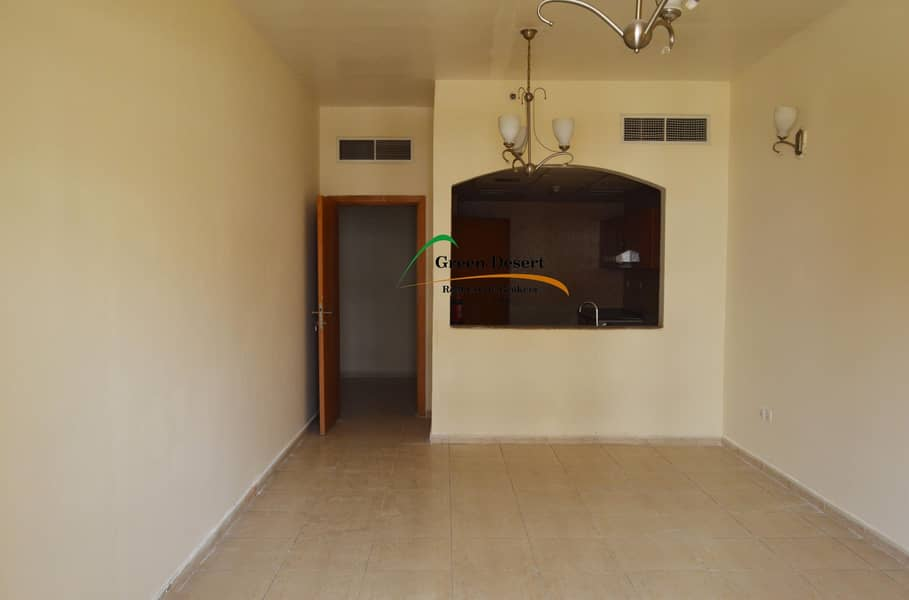 2 LARGE 1 bhk Axis 1 Semi opened Kitchen