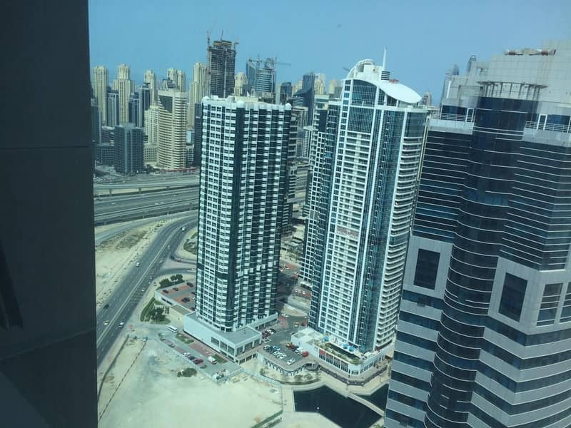 23 INVESTMENT DEAL !!!  VACANT 3 BED APT HIGH FLOOR in LAKE POINT TOWER (JLT)