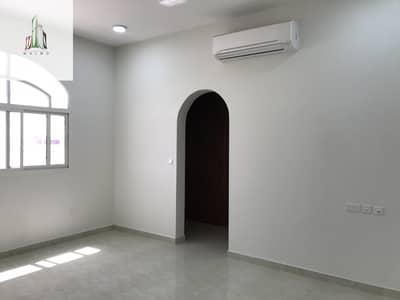 فلیٹ 4 غرف نوم للايجار في مدينة الفلاح، أبوظبي - Brand new apartment in alfalah city zone 2