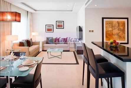 شقة 1 غرفة نوم للبيع في أبراج بحيرات الجميرا، دبي - Luxurious Fully Furnished Hotel Apartment !! High Floor! JLT
