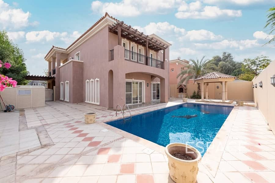 Private Pool | Immaculate Condition