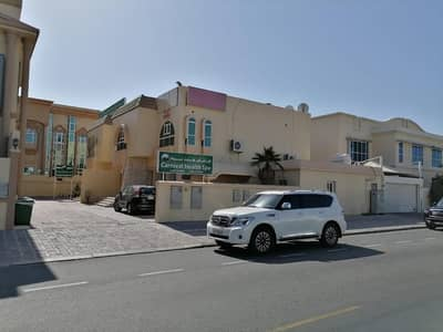 5 Bedroom Villa for Rent in Jumeirah, Dubai - 3 B/R + 2 HALLS / COMMERCIAL VILLA | SUITABLE FOR NURSERY / CLINIC / RESTAURANTS / OFFICE  | ON MAIN ROAD