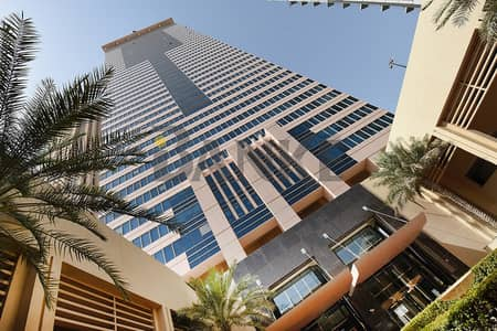 Office for Rent in Business Bay, Dubai - Semi-fitted office | Churchill Executive | Stable and Canal view