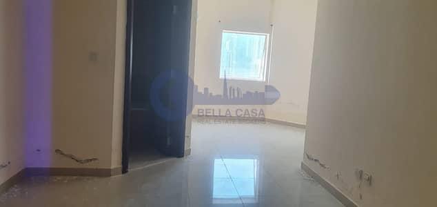 استوديو  للايجار في أبراج بحيرات الجميرا، دبي - Super Deal |Large Studio Cum 1 Bed