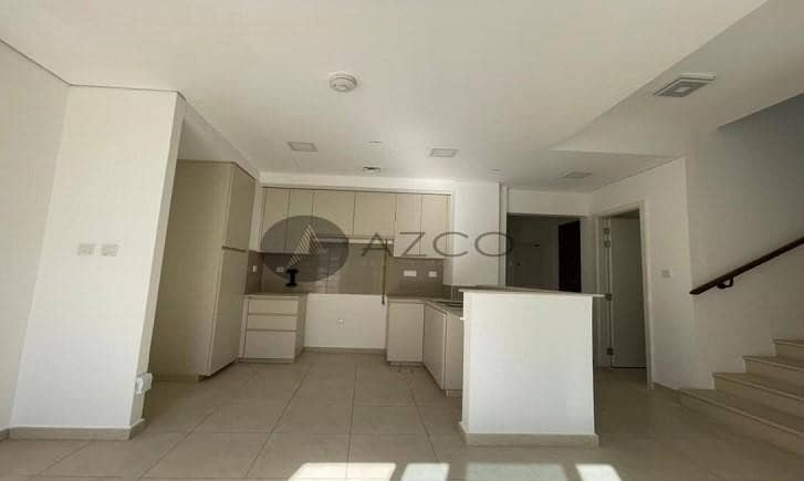 2 3 BR | Close to Pool and Park | Ready to Move