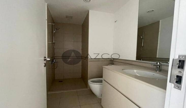 10 3 BR | Close to Pool and Park | Ready to Move