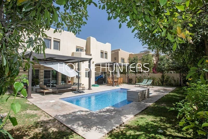 22 Exclusive Immaculate 5BR | Private pool |