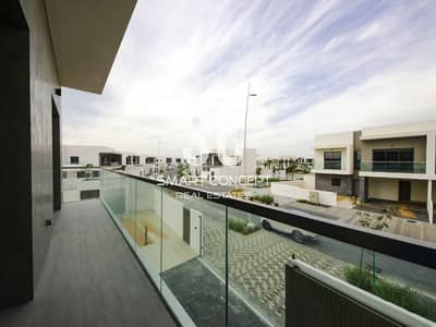 5 Bedroom Villa for Sale in Yas Island, Abu Dhabi - Prime Location| Reduced Price| golf view