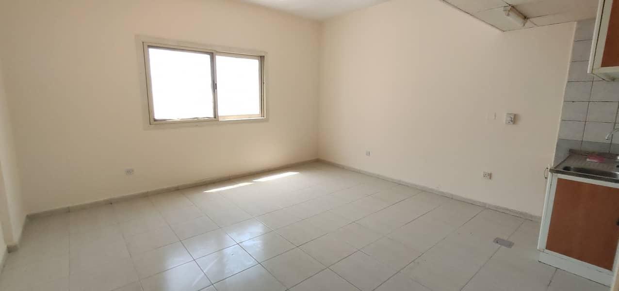 شقة في بوطينة 10999 درهم - 5059729