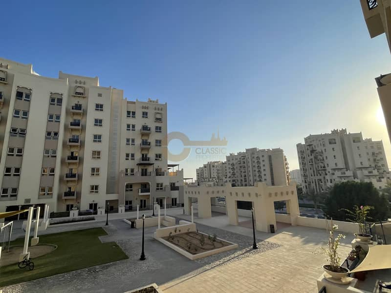 10 Hot 1bed open Kitchen Terrace for sale